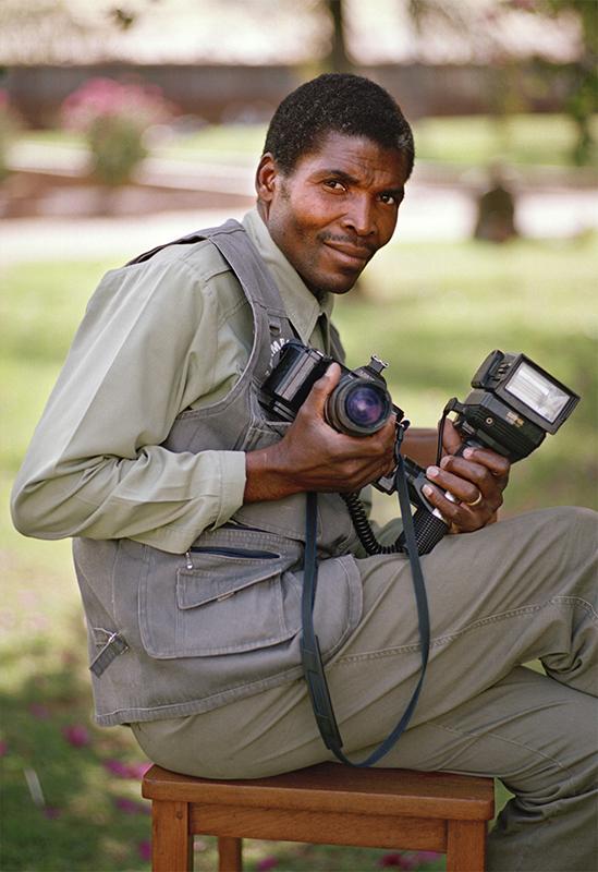 Photographer Santos Cossa.<br>Photo: Terry Kurgan